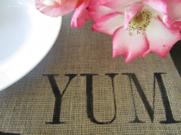 Burlap Placemats printed with fabric paint. Perfect for Thanksgiving