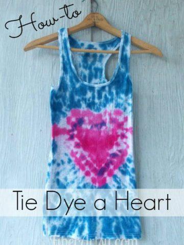 How to Tie Dye a Heart, Fiberartsy.com