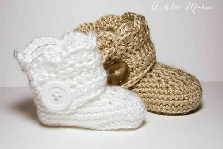 Free Crochet Pattern for baby boots