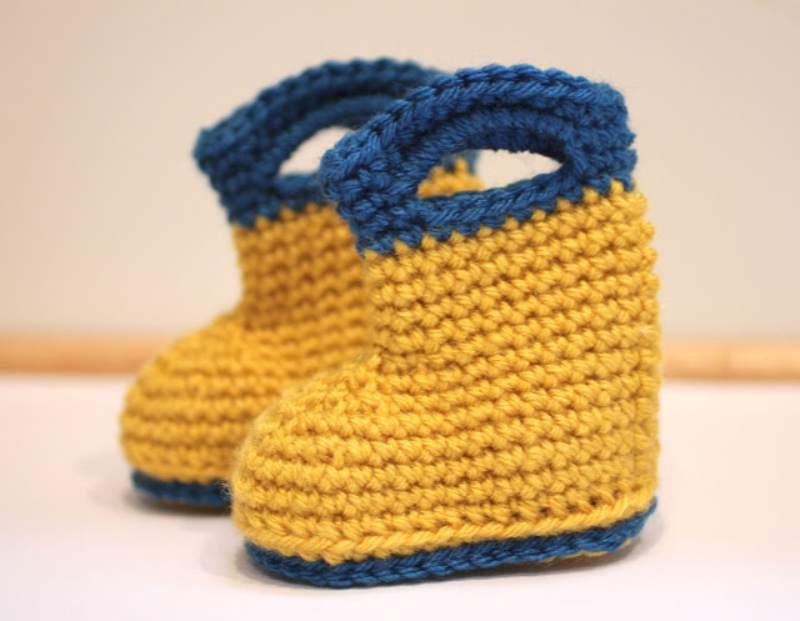Crochet pattern for baby rain boots