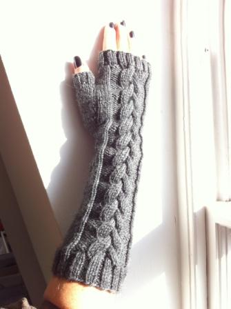 Grey Fingerless Gloves Free Knit Pattern