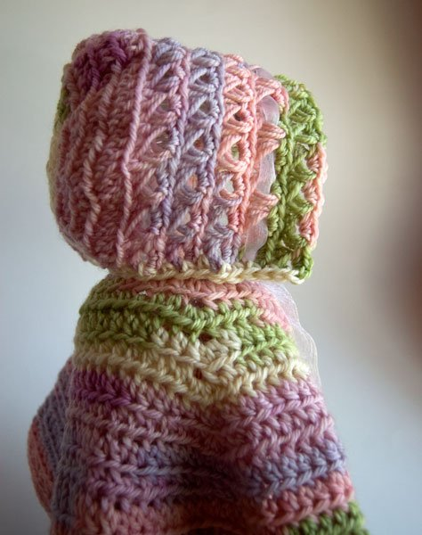 Baby Bonnet Crochet Pattern by Moogly