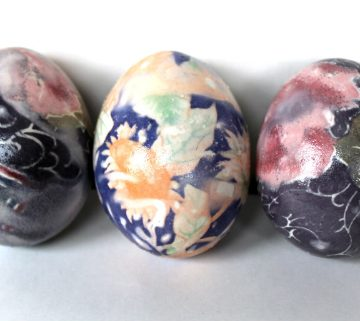 How to Dye Print Easter Eggs with Silk Ties, a FiberArtsy.com tutorial