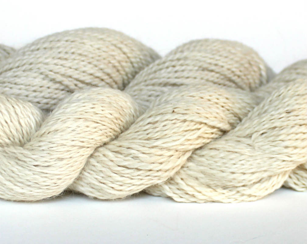White Merino and Alpaca Wool Yarn for Kool Aid Dyeing with Speckles