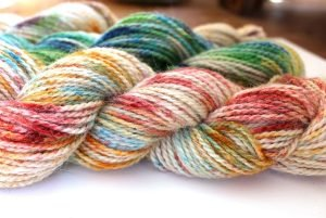 How to Speckle Dye Yarn, a FiberArtsy.com tutorial