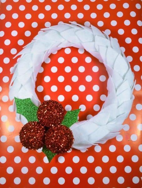 Felt Christmas Wreath with Holly Berries