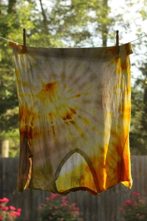 Natural Tie Dye with Turmeric