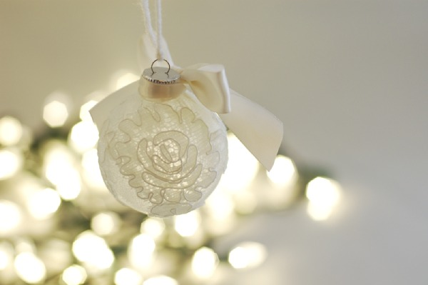 Keepsake Lace Christmas Tree Ornament